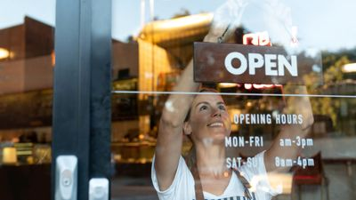 Featured image: Finding a Bank For Your Small Business